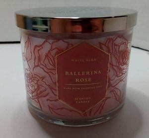 Bath and body works 3 wick candle for Sale in Piney Flats, TN