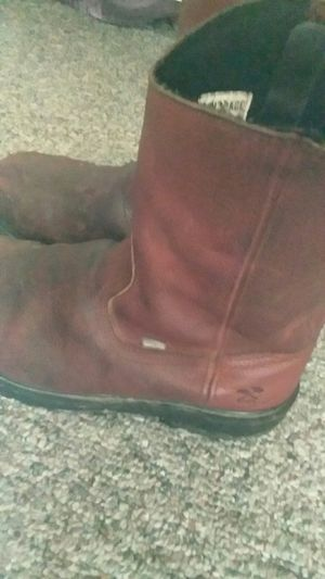 Size 9.5 steel toe waterproof for Sale in Independence, KY