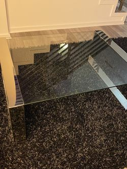 Glass Coffee Table for Sale in Marina del Rey,  CA