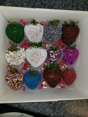 Covered Chocolate Strawberries for Sale in Minot, ND