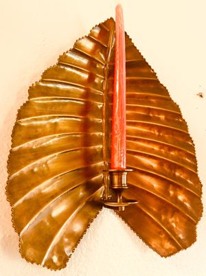 Beautiful brass wall art candle holder Leaf H16xW12xD3.5 inch for Sale in Sun Lakes, AZ