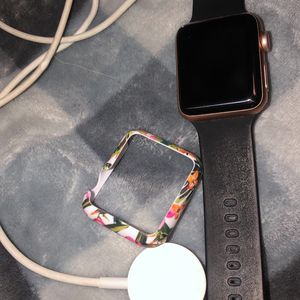 Apple Watch Series 3 38mm w Charger for Sale in Falls Church, VA