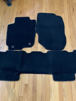 3 Piece Set Toyota Rav4 Carpet for Sale in Silver Spring,  MD