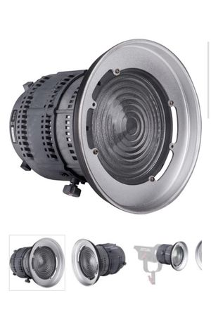 Aputure fresnel mark I with barndoors and gel inserts for Sale in Oakland, CA