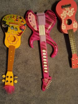 Kids Guitars for Sale in Gig Harbor,  WA
