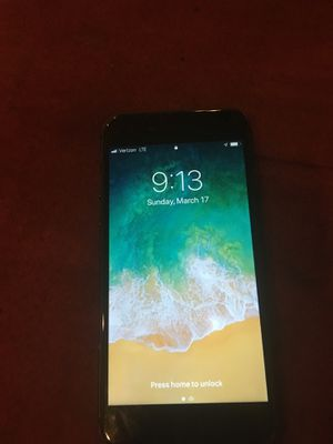 iPhone 8- space gray.256gb. Phone is unlocked!!! for Sale in Chicago, IL