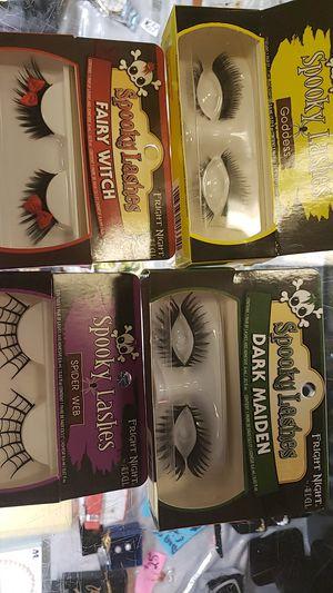 Eyelashes for HALLOWEEN for Sale in Las Vegas, NV