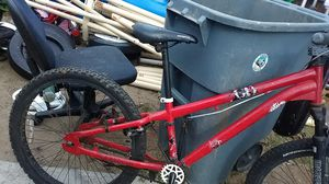 Mongoose mountain bike for Sale in Rialto, CA