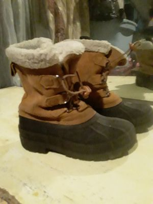 Girl winter boots for Sale in Denver, CO