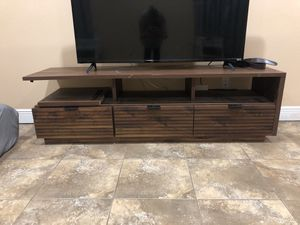 Wood TV Stand for Sale in Orlando, FL
