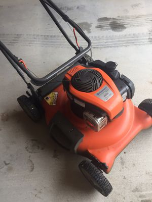 Husqvarna 550EX law mower for Sale in Wichita, KS