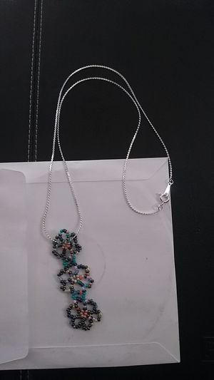 Handmade flower power pendent size 11 glass beads for Sale in Beverly Hills, CA