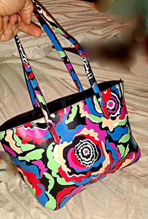** REDUCED** Gianni Binni , Multicolor shoulder or arm purse for Sale in Prattville, AL