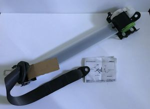 Front Seat Belt Retractor RH Passenger OEM 1999-2002 Silverado Sierra for Sale in Salinas, CA