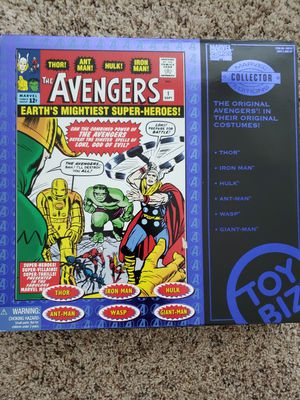 The Avengers Marvel Collector's Edition Box Set for Sale in Renton, WA