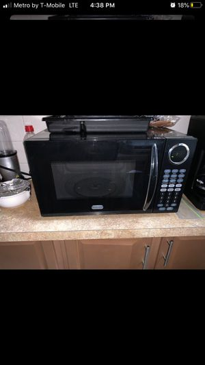 Sunbean Microwave for Sale in Boston, MA