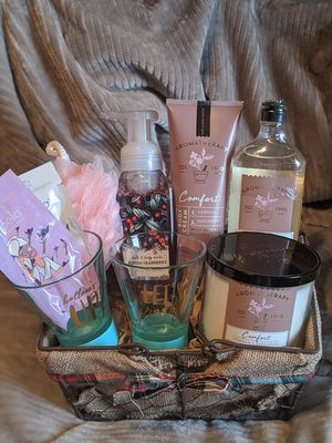 Women's gift baskets - Christmas for Sale in Hacienda Heights, CA
