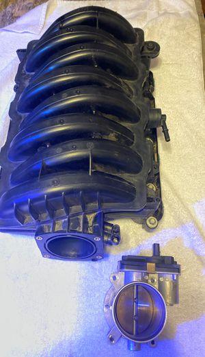 Intake manifold and throttle body 2014 Chevy Silverado 1500 for Sale in Mesa, AZ