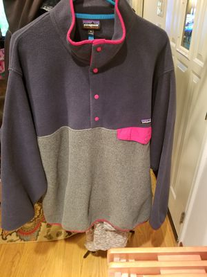 Patagonia pullover for Sale in Lynnwood, WA