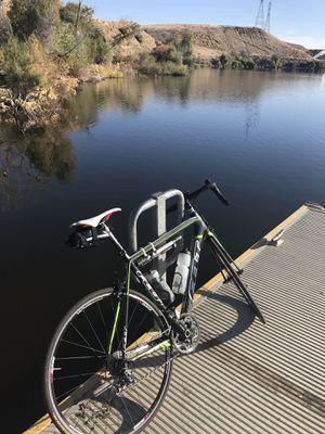 Felt road bike (men's) 56 cm for Sale in Fort Smith, AR