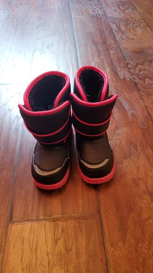 Toddler Snow Boots for Sale in Vancouver, WA