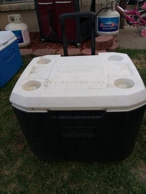 Coleman cooler with wheels for Sale in West Valley City, UT
