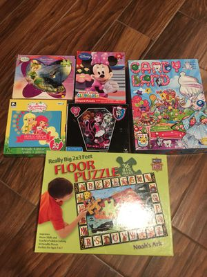 Game and puzzles for Sale in Arlington Heights, IL