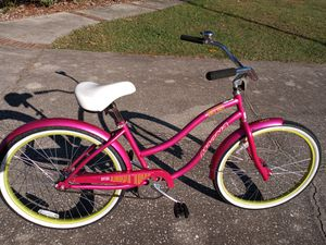 """Magna Rip Curl Beach Cruiser bike with 26"""" tires, Like New - $80 FIRM for Sale in Wesley Chapel, FL"""