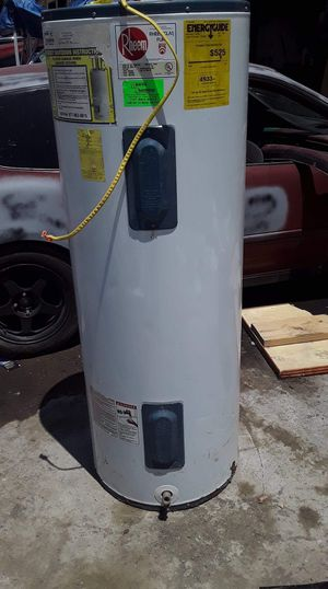 Big water heater works perfect for Sale in Tampa, FL