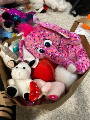 Free bag of plushies. for Sale in Oakland, CA