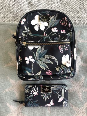 Kate Spade Floral Nylon, Mini Book bag & Wallet for Sale in Windermere, FL