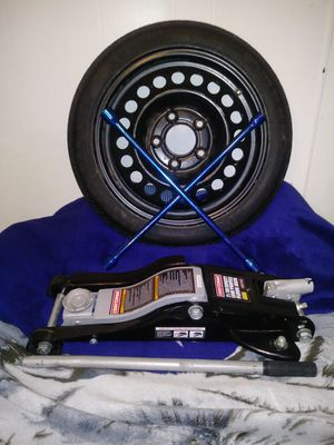 3 piece set for flat tire for Sale in McIntosh, NM