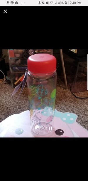 Sanrio Hello Kitty Water Bottle for Sale in Springfield, MO