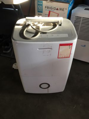 Frigidaire 70 Pint Dehumidifier for Sale in Chino, CA