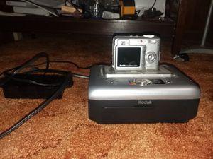 Kodak easyshare c533 w/printing station for Sale in Severna Park, MD