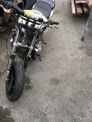 02 YAMAHA motorcycle Currently at Sunrise Towing in storage in East Palo Alto for Sale in Palo Alto, CA