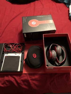 Beats Wireless Headphones for Sale in Memphis, TN