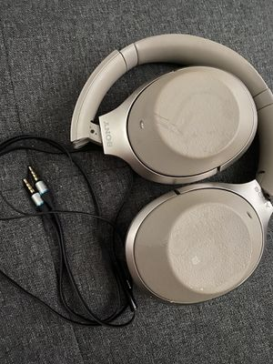 Sony WH1000X-M2 Noise Cancelling Wireless Bluetooth Headphones for Sale in Daly City, CA