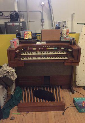 Thomas transistor organ. for Sale in Detroit, MI