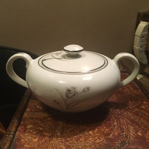 Antique Bone China Sugar Bowl for Sale in Beverly, MA