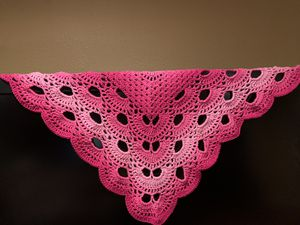 New hand crocheted shawl hot summer pinks for Sale in Grenada, MS