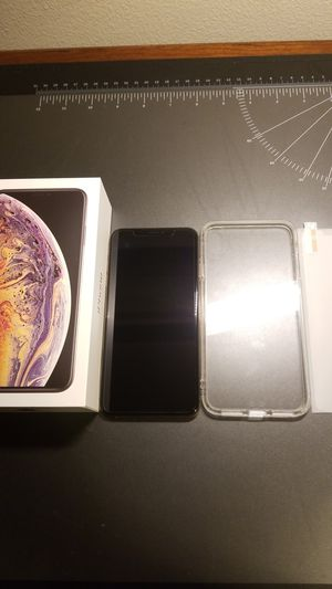 Unlocked Gold iphone XS Max 64GB for Sale in Bothell, WA