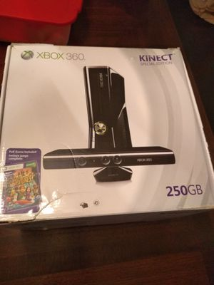Xbox360 Kinect 250gb &games 2 controllers for Sale in Alexandria, VA