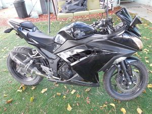 Kawasaki 300 for sale great motorcycle for Sale in Las Vegas, NV