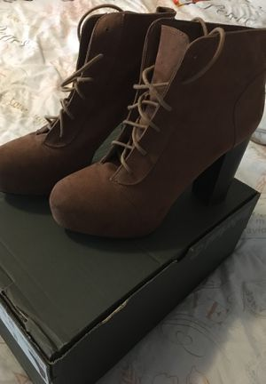 Brown heels 9.5 W for Sale in S WILLIAMSPOR, PA