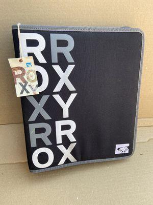 Bran new Roxy binder. for Sale in Whittier, CA