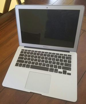 Macbook Air. Extremely dim screen, needs repaired for Sale in Fort Myers, FL