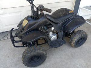 Four stroke automatic 125CC it carburetor cleaning and a new batter for Sale in Hesperia, CA