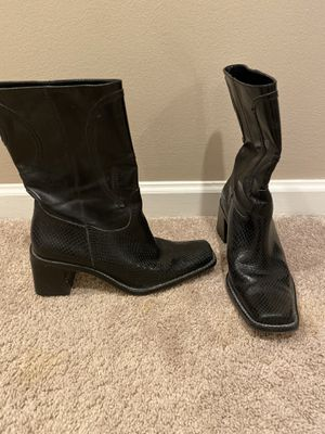 Women's Franco Sarto Boot. Black. 6 for Sale in West Bloomfield Township, MI