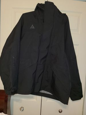 Nike ACG Gore-Tex Black Hooded Jacket Men's Size Medium (M) *Can fit a Large (L) for Sale in Ridgefield, NJ